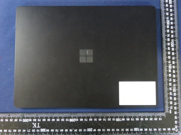 Surface Laptop 4 リーク
