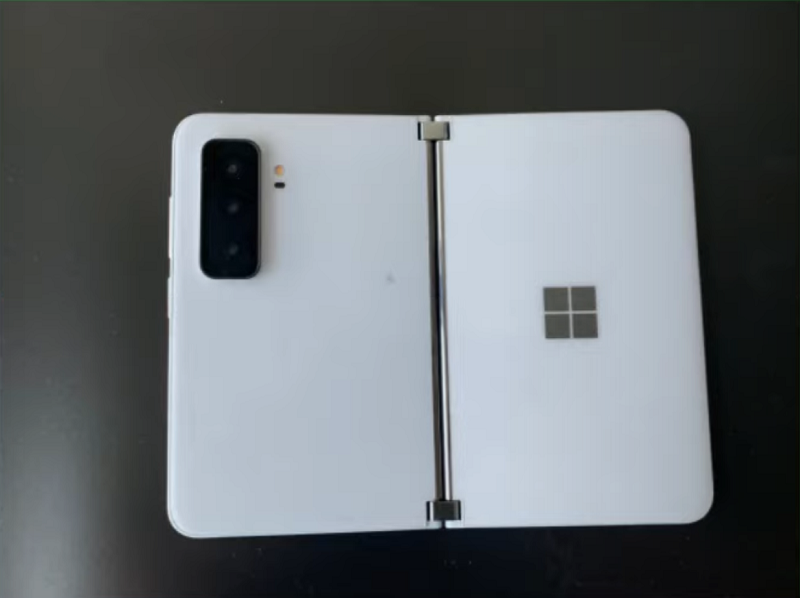 Surface Duo 2 リーク